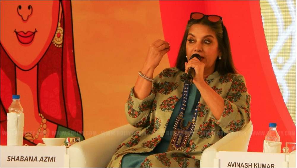 Shabana Azmi Met With an Accident on Mumbai-Pune Expressway: Humanity Dies on Twitter