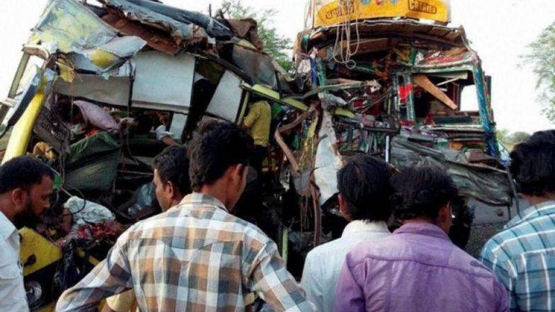 TSRTC- Lorry collision near Karimnagar, Six killed