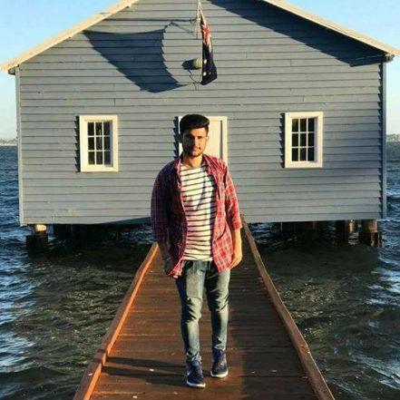 Selfie Kills! Indian Boy Falls Off to Death From a Tourist Spot in Australia