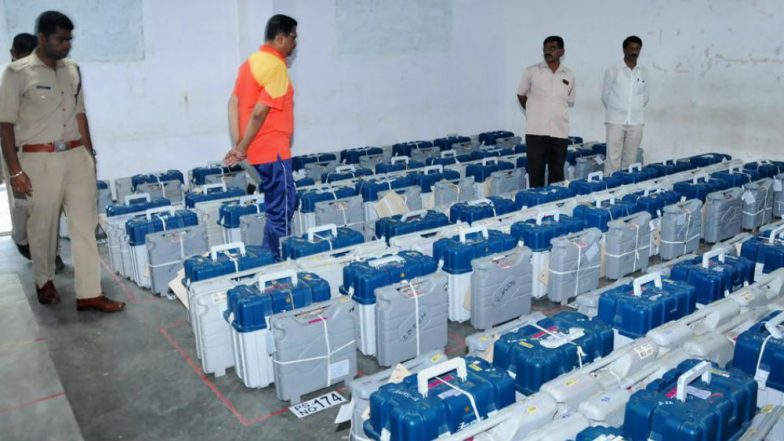 Madhya Pradesh Assembly Elections 2018: Congress Questions Security of EVMs in Strongrooms, CEO Assures That Machines Are 'Completely Safe and Secure'