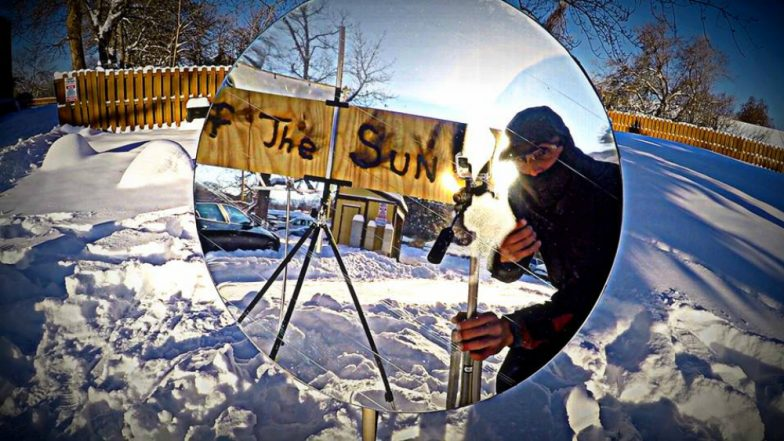 Artist Uses Sun and Magnifying Glass to Paint Pictures With Fire, Check Video