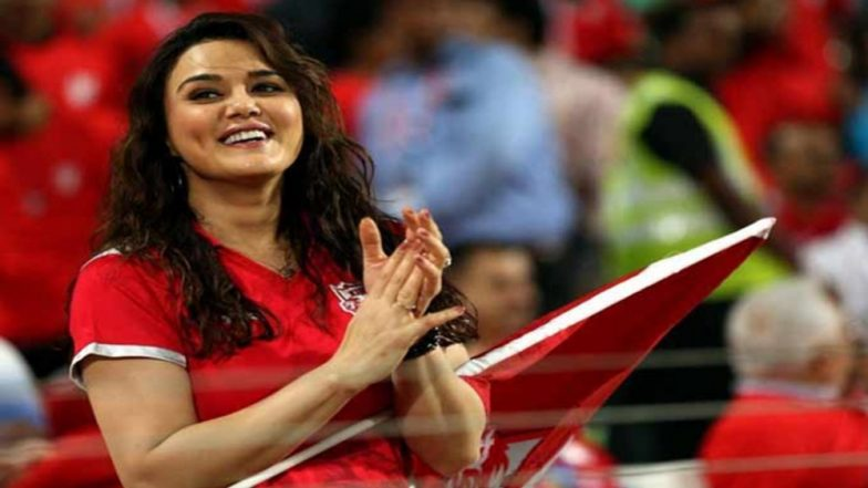 KXIP Owner Preity Zinta Caught on Camera Saying 'I am Very Happy That Mumbai Indians Did Not Qualify?' Check Video
