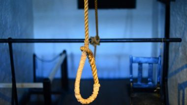 Mysore Shocker: Class 9th Girl Commits Suicide After Being Guilty for Spending Night With a Boy