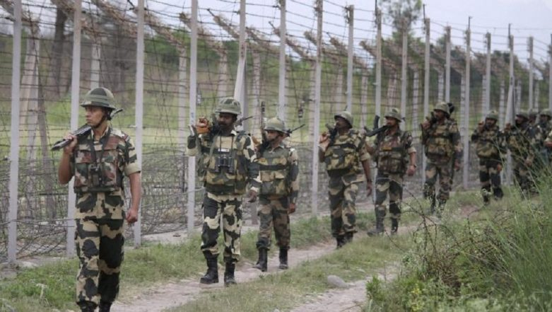 Pakistan Offers 'Moratorium on Artillery Fire' to Ease Tensions at LoC