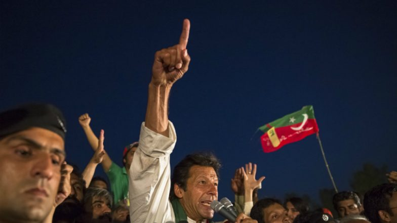 Nawaz Should Return Rs 300 Billion Looted Money: Imran Khan