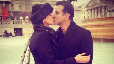 Ronit Roy and Wife Neelam Singh's Lip Kiss Photo Shared by TV Actor on Father's Day, Fans Say 'Stay Blessed'!