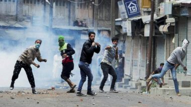 Kashmir Unrest: Teenager Killed in Pulwama as Army Fires to Dispel Stone-Pelters