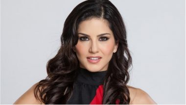 Sunny Leone's Cosmetic Brand 'Star Struck' is Animal Cruelty-Free