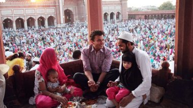 Chef Vikas Khanna Has a Special Iftar as he Reunites With Muslim Family Who Saved Him During 1992 Mumbai Riots