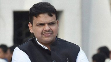 Devendra Fadnavis Defends Wife Amruta's Risky Selfie Stunt, Says 'She Acts According to Her Intellect & Has Her Own Ideology, Have I Bought Her?'
