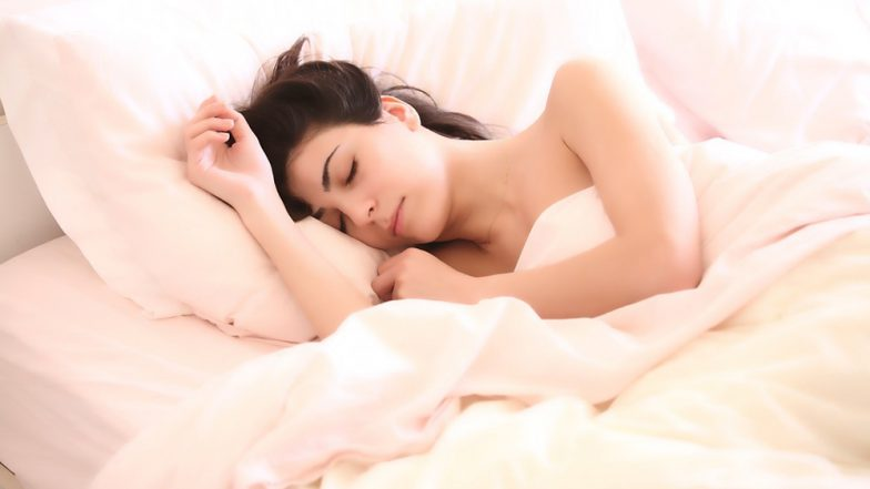 Losing 16-Minutes of Sleep During Working Days Can Hamper Your Performance