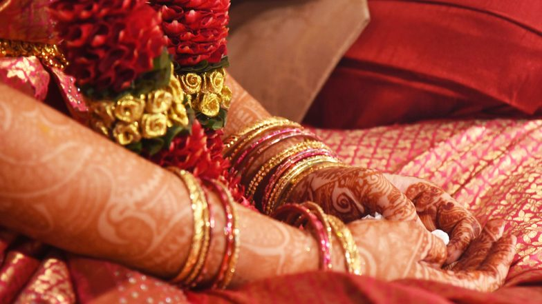 Guests Fight Over Shortage of Plates at a Wedding Ceremony in UP! One Dead, Four Injured