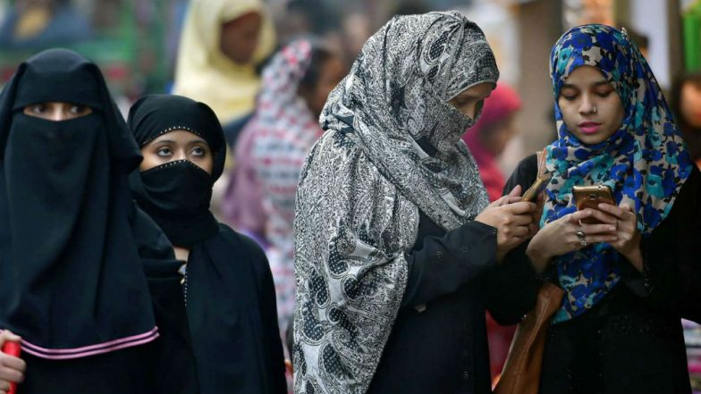 Uttar Pradesh Bizarre Incident: Woman Given Triple Talaq Over Burnt Chapati, Forced to Leave Husband's House