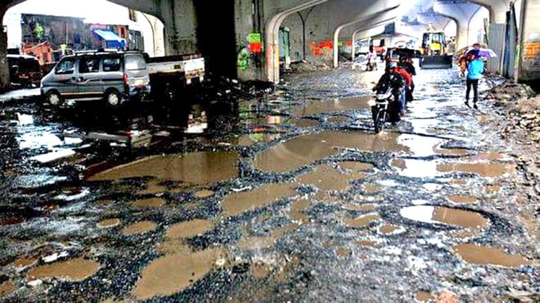 Mumbai Fights With Pothole: Congress' Sanjay Nirupam Launches 'Chalo Potholes Ginne' Campaign