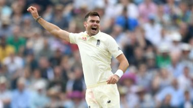 James Anderson Takes First-Ball Wicket in His 150th Test, Netizens Hail the England Pace Maestro's Impressive Start During SA vs ENG Boxing Day Test 2019