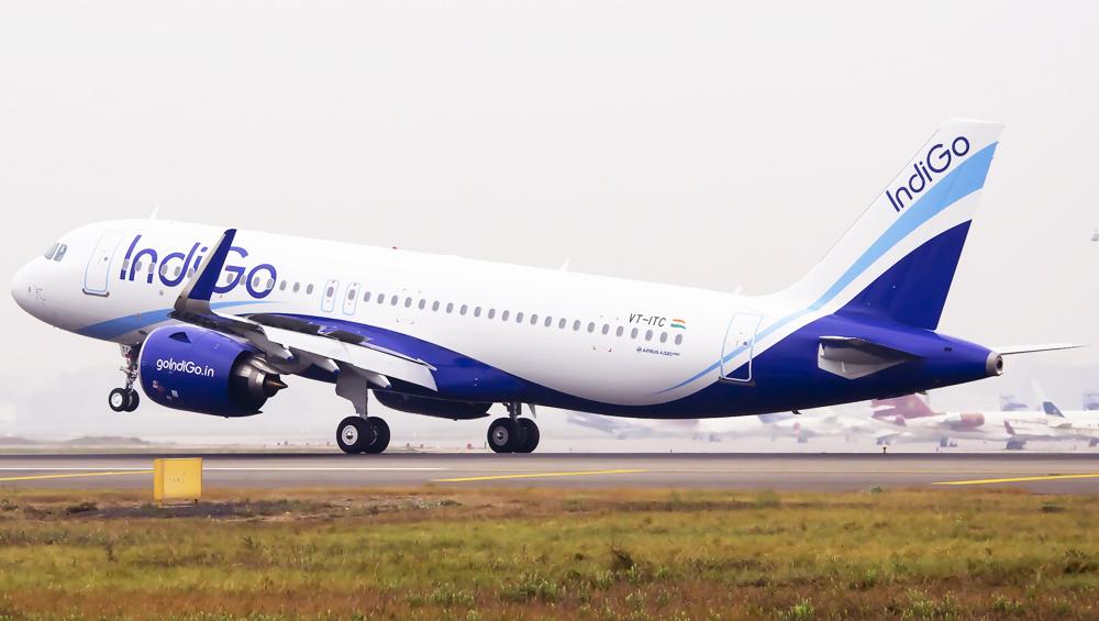 IndiGo Flight 6E-5384 Bound for Hyderabad Makes Emergency Landing at Mumbai Airport After Engine Stalls Mid-Air