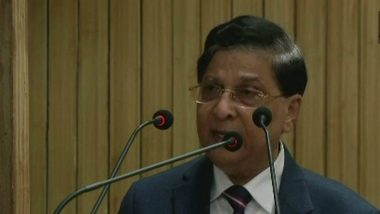 CJI Dipak Misra on Mob Lynching: Blatant Reliance on Social Media Needs to be Checked By Citizens to Maintain Peace & Order