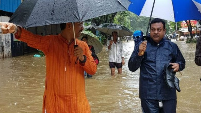 Sambit Patra and Keshav Upadhye Make Their Way Through Waterlogged Street In Dadar Amid Mumbai Rains; See Pic