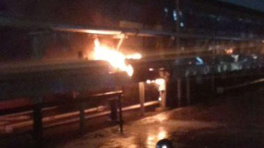 Mumbai: Fire Erupts at Lokmanya Tilak Terminus Due to Short Circuit