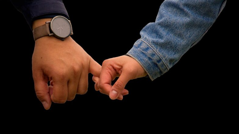 Friendship Day: Boys Have More Tightly Knit Band of Friends Than Girls, Says Study