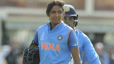 Harmanpreet Kaur, Indian Women's Cricket Team Captain, Carries an Ill Mascot During Ind vs Pak ICC Women's World T20 2018; Watch Video