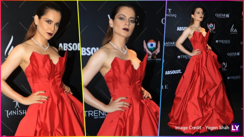 Kangana Ranaut Looks Ravishing in Red at Vogue Fashion Awards, While Her Expressions Scream 'Fashion Ka Hai Yeh Jalwa' (See Pics)