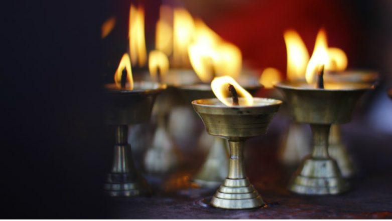 Guru Purnima 2018: History, Importance, Tithi, Puja Timings of This Auspicious Day Dedicated to Teachers