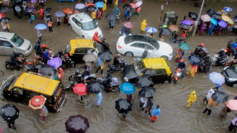 Mumbai Rains Forecast: Heavy Rainfall Likely to Hit Raigad, Thane and Palghar Today, City to Witness Downpour for Next 5 Days
