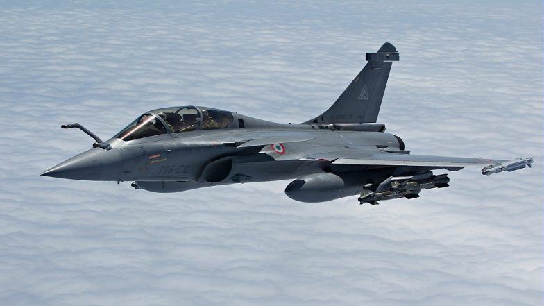 Amid Rafale Deal Row, Indian Air Force Pilots Train on the French Fighter Jet at Joint Drill in Gwalior