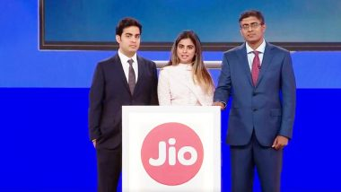 Reliance Jio Phone Gets Facebook, WhatsApp And YouTube; Jio Giga Fiber, Jio Giga TV Calling Service, Jio Phone 2 Launched at 41st AGM; All You Need To Know