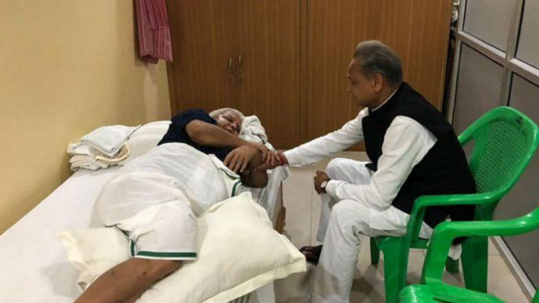 Congress' Ashok Gehlot Meets RJD Leader Lalu Prasad at His Residence