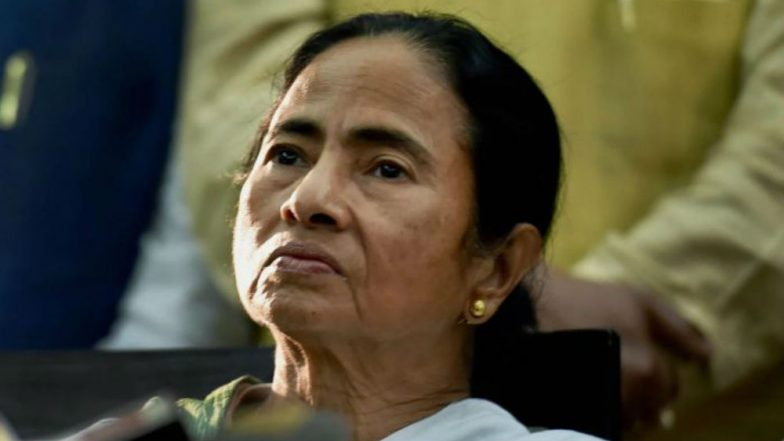 Chandrayaan 2 Hype Is to Divert the Country From Present Economic Disaster, Says Mamata Banerjee