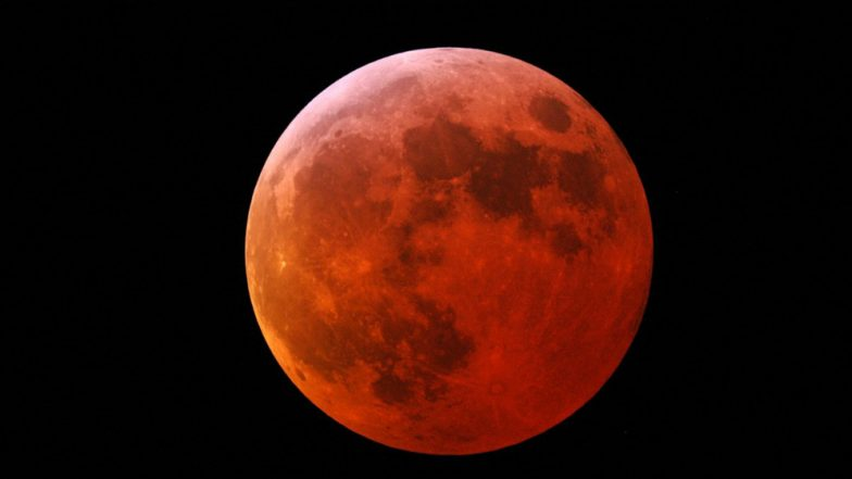 Lunar Eclipse 2019: Twitter Flooded Half-Blood Moon Pictures of the Eclipse That Coincides With Apollo 11 50th Anniversary