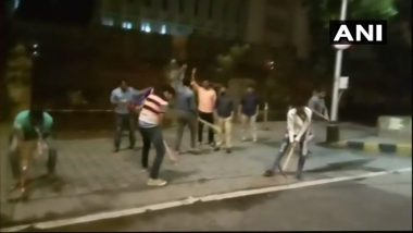 Potholes in Mumbai: MNS Workers Vandalise Roads Outside Mantralaya in Protest