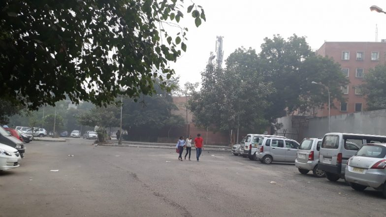 On Independence Day Delhi Metro Parking Lots to Remain Shut For Security Concerns