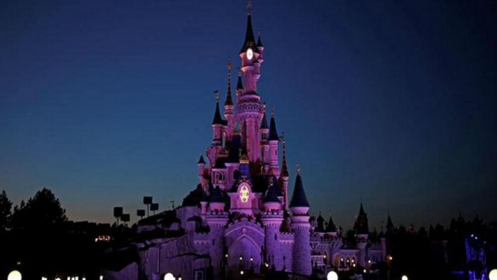 Shanghai Disneyland Closes Over Coronavirus Outbreak in China