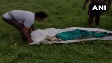 Odisha BJD MLA Ramesh Patua Performs Last Rites of Poor Woman