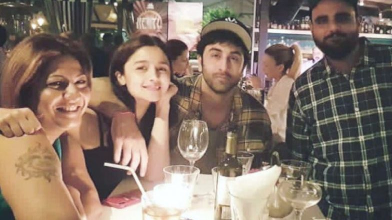 caught ranbir kapoor and alia bhatt snuggle up next to each other