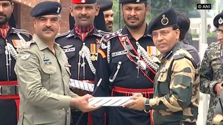Pakistan Celebrates Its 72nd Independence Day, Exchanges Sweets With BSF at Wagah Border