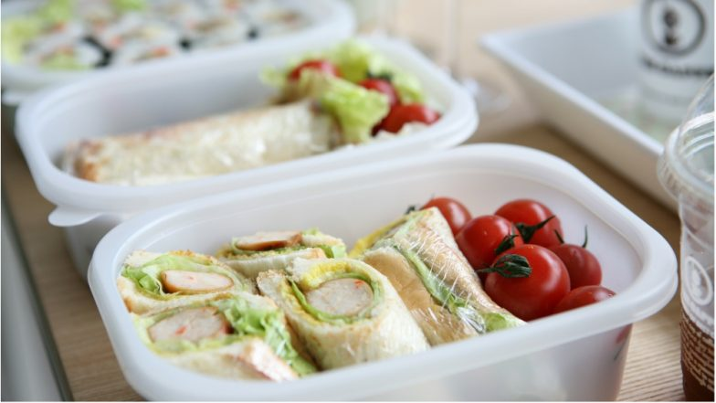 How to Pack Nutritious & Healthy Meals When Travelling? Tips to Follow for a Guilt-Free Trip