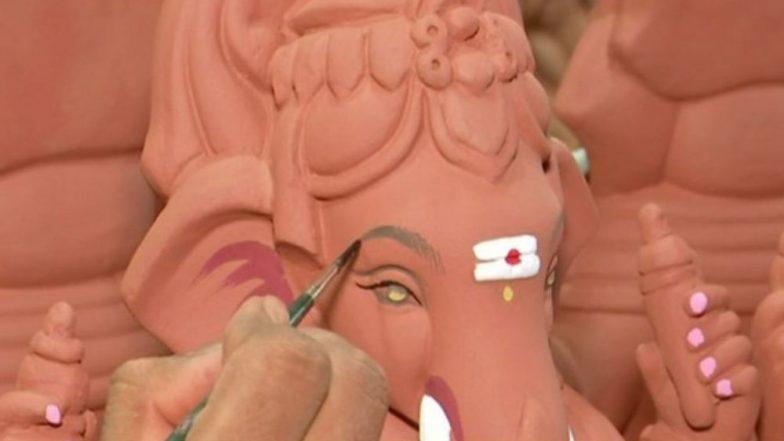 Ganesh Chaturthi 2018: Mumbai Artisans Adopt Eco-Friendly Clay Idols of Ganpati