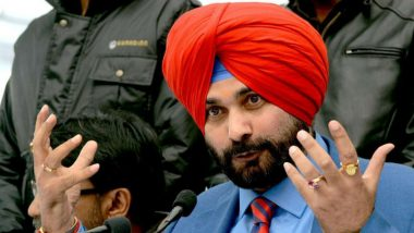 Navjot Singh Sidhu on Meeting Pakistan Army Chief Gen Bajwa: 'He Wants Peace, May Open Kartarpur Route on Guru Nanak's 550th Birth Anniversary'