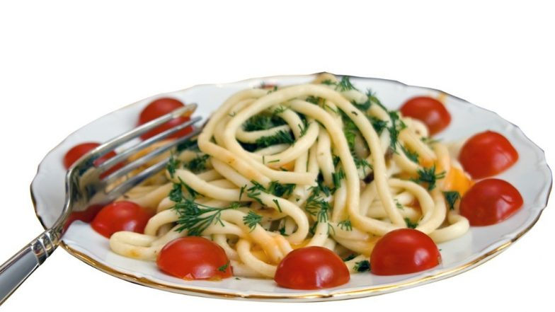 Spaghetti Mystery Solved! MIT Scientists Finally Figure Out How To Break The Pasta Into Two