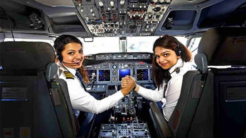 US Scientist Cristine Legare Hails Air India's All-Women Crew on Her New York to Delhi Flight; Tweet Goes Viral