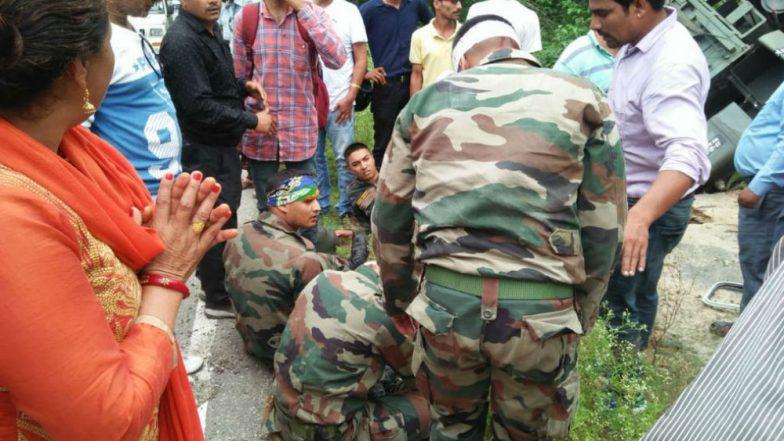 Himachal Pradesh: 8 Jawans Injured in Accident Near Chattari in Kangra's Shahpur, Rushed to Hospital