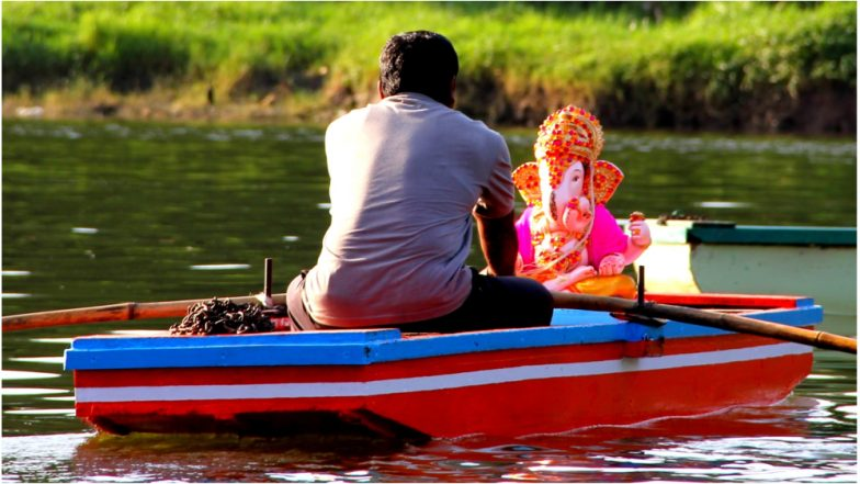 Ganesh Visarjan of 3 Days Ganpati: Shubh Muhurat & Time to Bid Farewell to Everyone's Favourite Lord