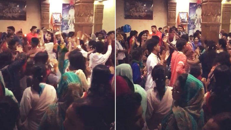 Ganeshotsav Celebrations in Pakistan: Watch Videos From Karachi Showing People Dance and Enjoy The Ganpati Festival