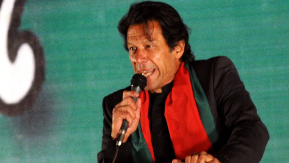 Imran Khan Blooper: 'After One Injection, I Saw The Nurses as Hoors', Says Pakistan PM (Watch Video)