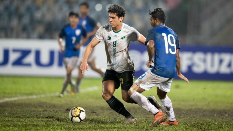 India vs Pakistan, SAFF Cup 2018 Semi-Final Match Video Highlights: Watch Indian Football Team Defeat Arch-Rivals 3-1 To Enter Final