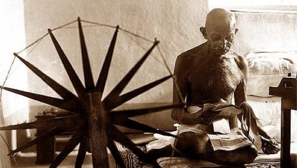 Gandhi Jayanti 2019: The Torchbearer of Swachh Bharat Mission; Here Are Seven Quotes by Mahatma Gandhi on Cleanliness and Sanitation